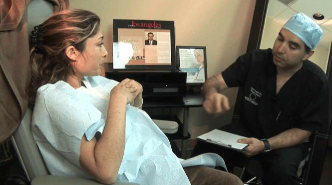 A Primeira Consulta Antes Da Redução De Mama
