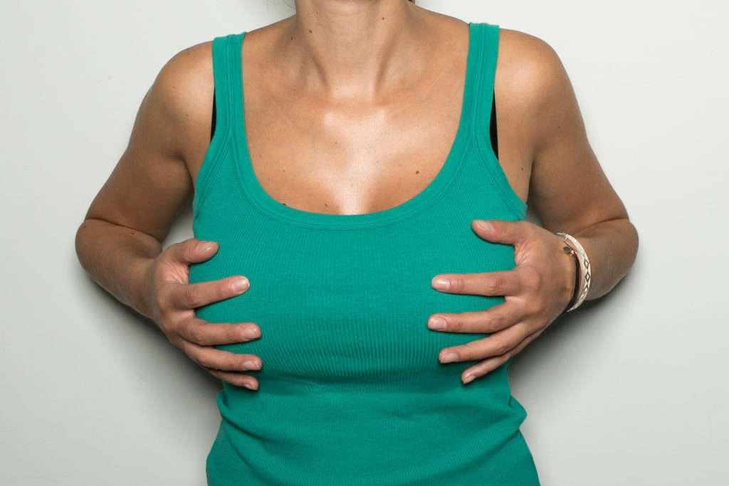 A Redução Da Mama Está Indicada Para Remover O Excesso De Gordura Da Mama, Tecido Glandular, E Pele