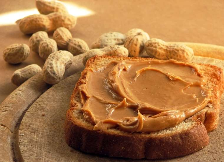 Manteiga de amendoim caseira