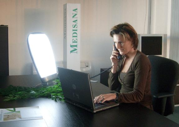 A terapia com luz tem se mostrado promissora como um tratamento eficaz não só na depressão sazonal, como em alguns outros tipos de depressão.