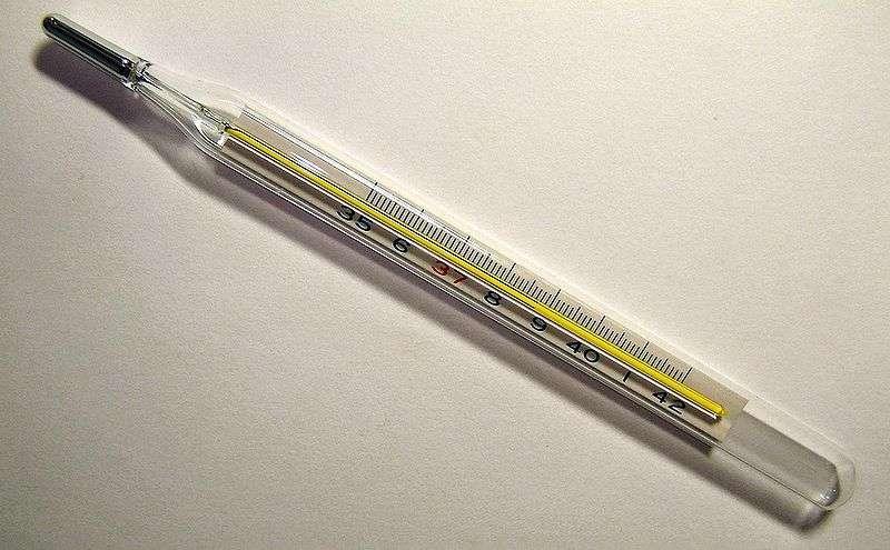 Febre (temperatura superior a 37ºC medida na axila)