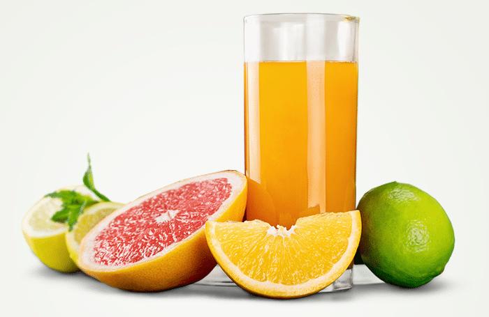 Suco de toranja, laranja e limão