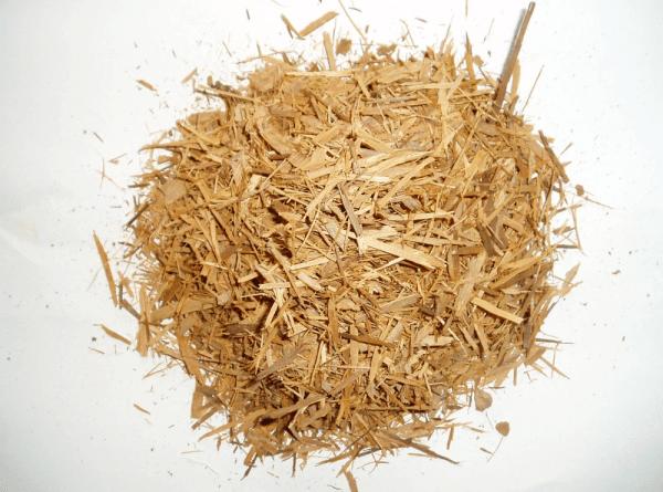 Chá para impotência sexual: 40 gramas de raiz de catuaba