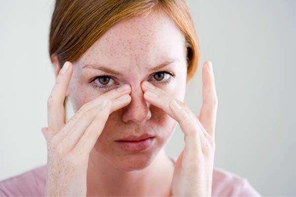 Inalação para sinusite (Óleo de eucalipto e Óleo de hortelã-pimenta)