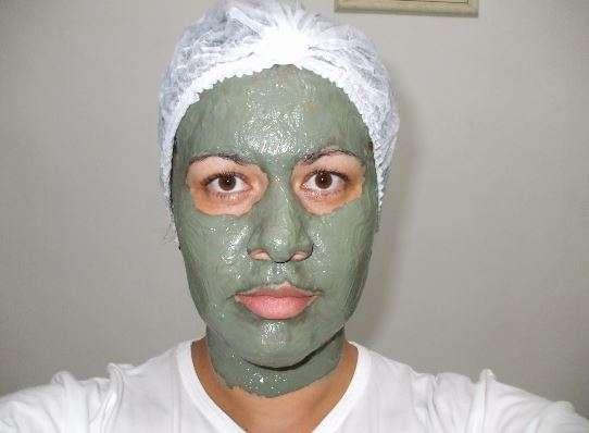 Tratamento caseiro para pele oleosa