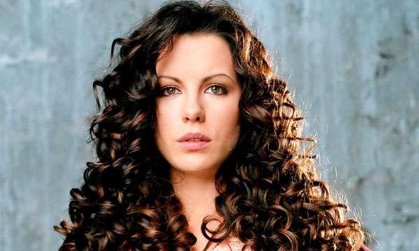 7 dicas para cuidar do cabelo cacheado