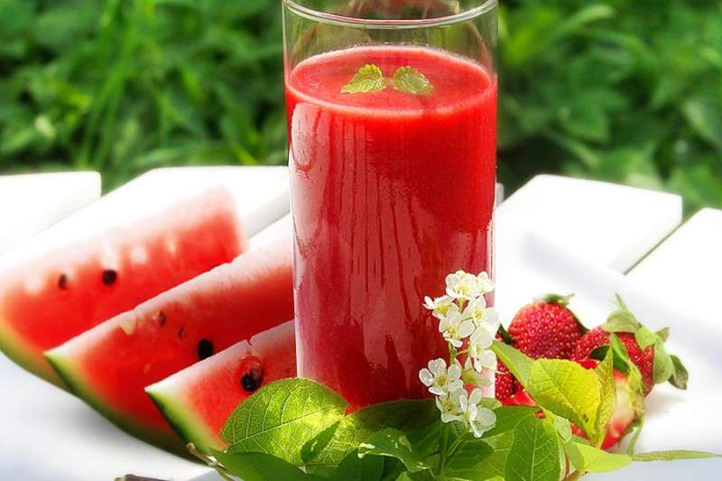 benefícios de comer melancia