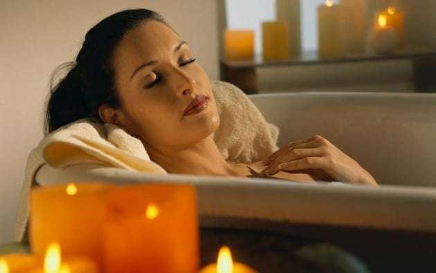 banho relaxante para dormir melhor