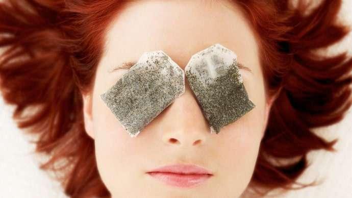 Aplique bolsas de Chá verde e diga adeus ás olheiras produndas