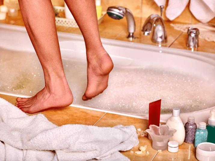 Banho Relaxante Para Pes Com Oleos Essenciais