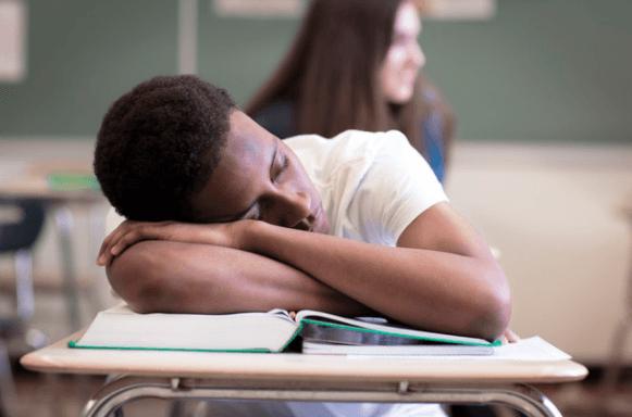 Estudantes Dormem Poucas Horas