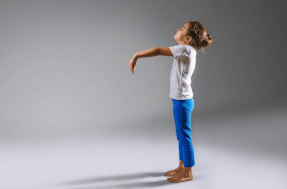 Criança Com Sonambolismo