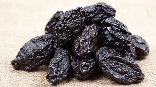 Tratamento Natural para Prisão de Ventre (suco de ameixa preta)