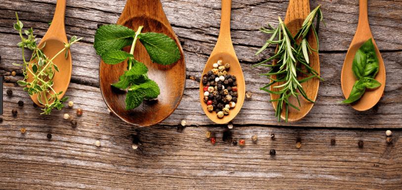 10 Ervas, Especiarias, Plantas e Raízes com Propriedades Anti-Inflamatórias Únicas e Surpreendentes