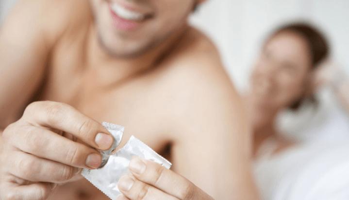 As Doenças Sexualmente Transmissíveis Podem Ser Prevenidas Com O Simples Uso De Camisinha
