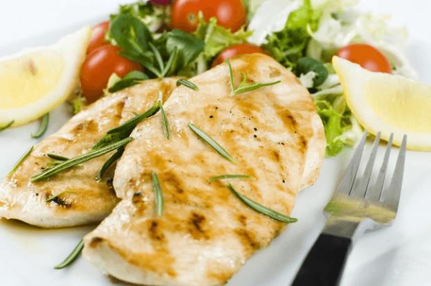 Dietas Pobres em Gorduras que Vão Ajudar Você a Ficar em Forma