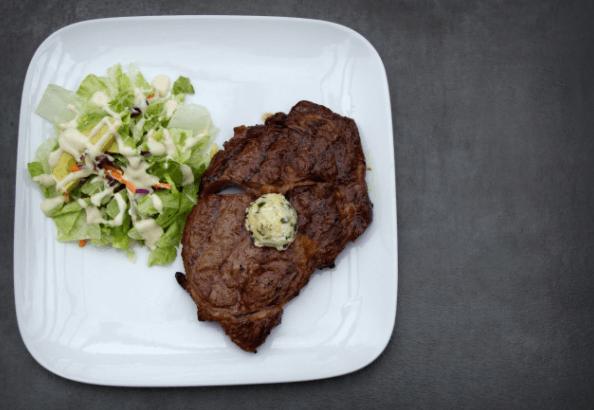 Dieta de Baixo Carboidrato e Rica em Gordura Vs Dieta de Baixo Teor de Gordura: Qual a Mais Saudável?