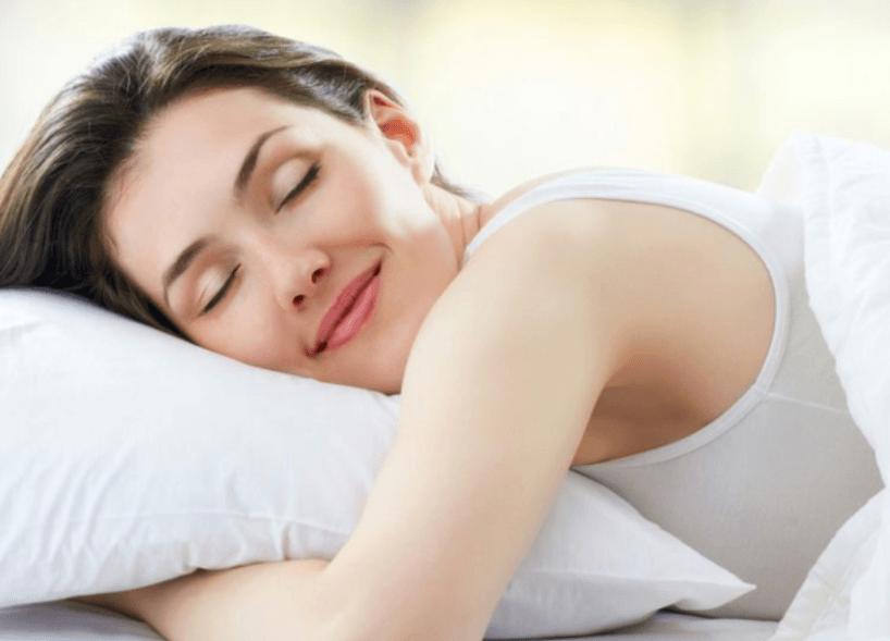 20 Óleos Essenciais Para Ajudar Sua Família a Dormir Bem a Noite Toda