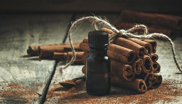 óleos Essenciais Para Cólicas Menstruais