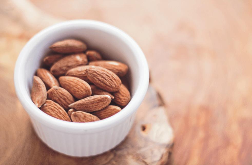 Alergia a Amêndoas: Sintomas e Tratamento