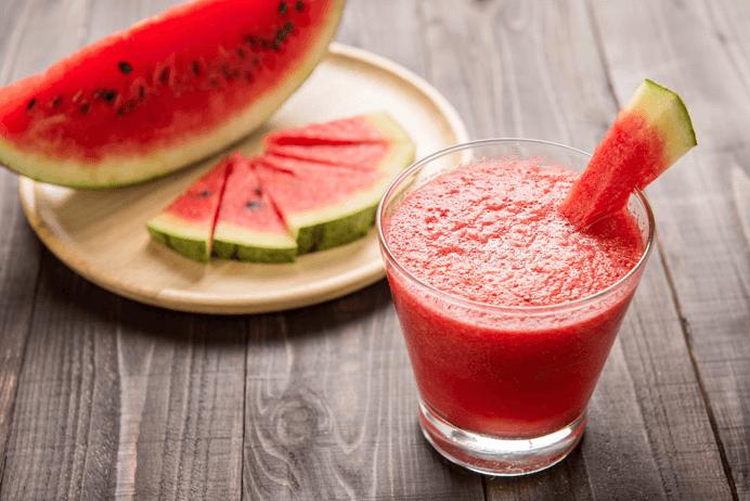 11 Benefícios Do Suco De Melancia Detox Para A Saúde, Receitas E Perfil Nutricional