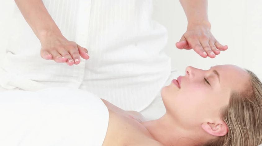Os 7 Fantásticos Benefícios do Reiki na Sua Saúde