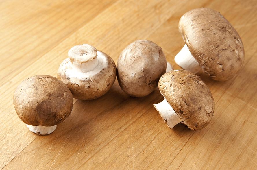 Cogumelo Crimini: Nutrientes, 4 Benefícios e Melhores Substitutos
