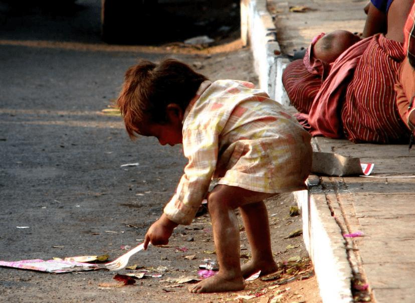 A Pobreza é Uma Das Causas Da Desnutrição E Falta De Nutrientes, Especialmente Em Crianças.