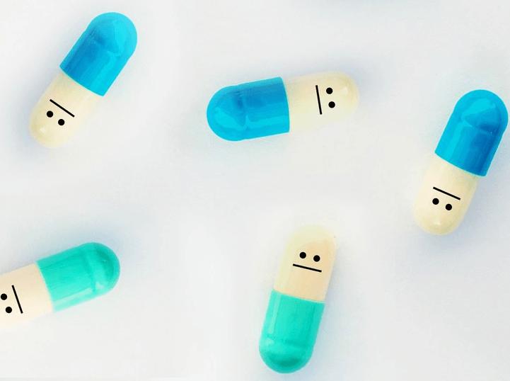 Pílulas Antidepressivas Com Rostos