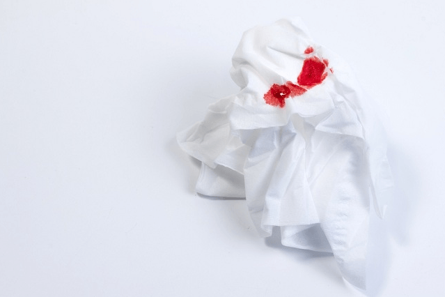 Algumas Das Causas De Tosse Com Sangue Estão Relacionadas A Doenças Respiratórias Graves Como O Cãncer De Pulmão