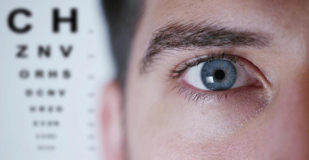 4 Sintomas de descolamento de retina a ficar atento